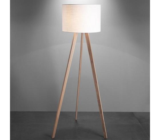 stehleuchte larissa aus holz in natur stehleuchten beleuchtung produkte. Black Bedroom Furniture Sets. Home Design Ideas
