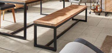 Tische Stühle Barhocker Vitrinen Sitzbänke Eckbänke