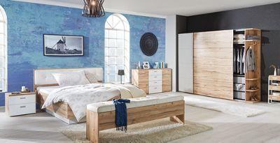 Schlafzimmer Set Mit Kleiderschrank, Kommode, Bett Und Nachttisch In  Weiu0026szlig; Und Eiche