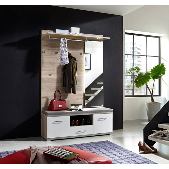 garderobe in wei silbereiche garderoben. Black Bedroom Furniture Sets. Home Design Ideas